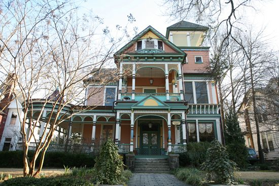 King Keith bed and breakfast   Victorian Homes   Pinterest