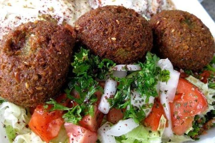 Grilled Beet And Hummus Stuffed Pita Recipe — Dishmaps