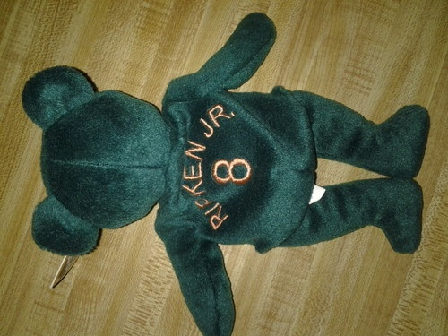 Cal Ripken Jr. MLB Bamm Beano Bear #8 Green Bear (Beanie Baby Type) Major League Baseball