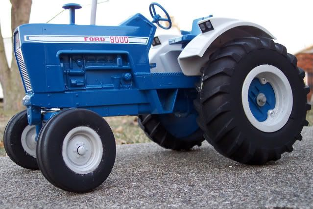 Ford 8000 Toy Tractor