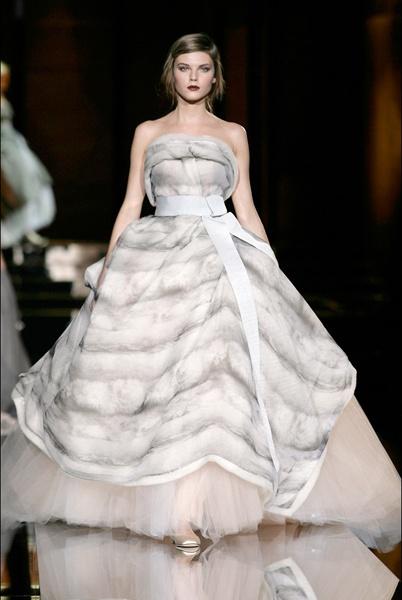 Dolce gabbana wedding dresses for Dolce gabbana wedding dress