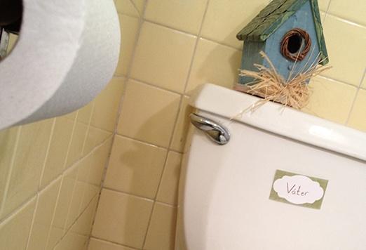 Water Cuarto De Baño: cuarto de baño)… Spanish for your loo, john, bog, water closet, and