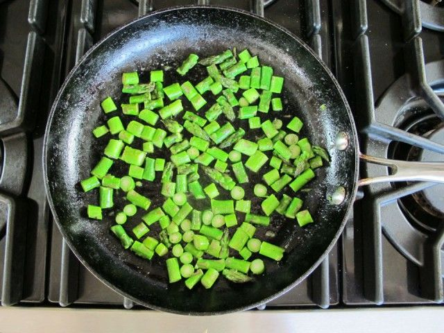 Crustless Quiche with Feta and Asparagus | Recipe