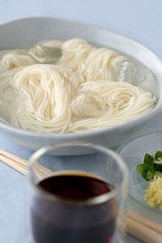 Japanese Summer Food [Somen (Sōmen, fine white noodles) ] simple and ...