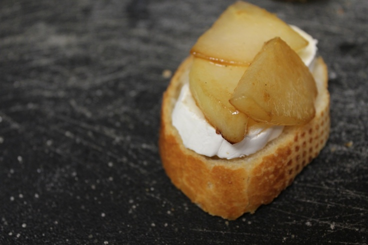 Caramelized Pear and Brie Grilled Cheese | Cheese * Please | Pinterest