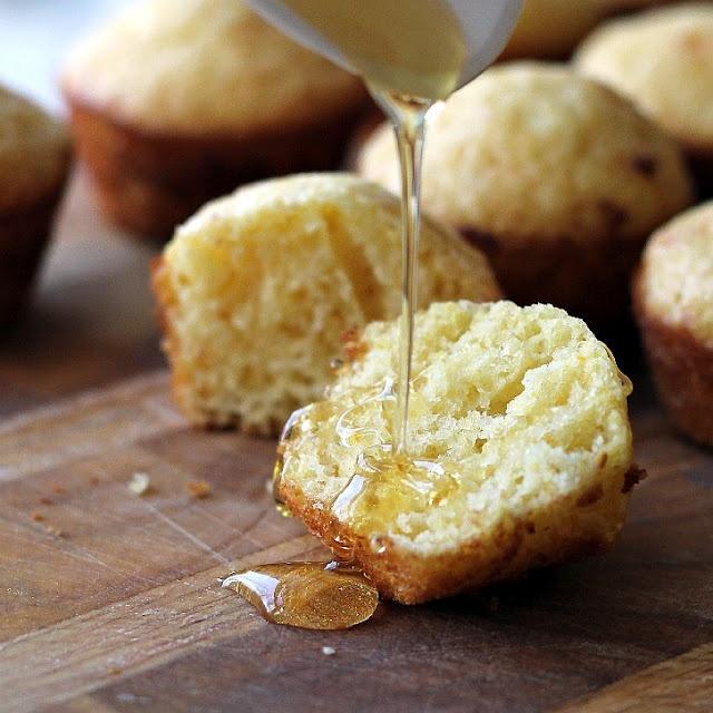 honey cornbread muffins | Cupcakes & Muffins | Pinterest