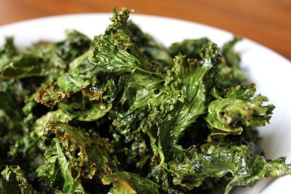 Easy baked kale chips | Foooood | Pinterest