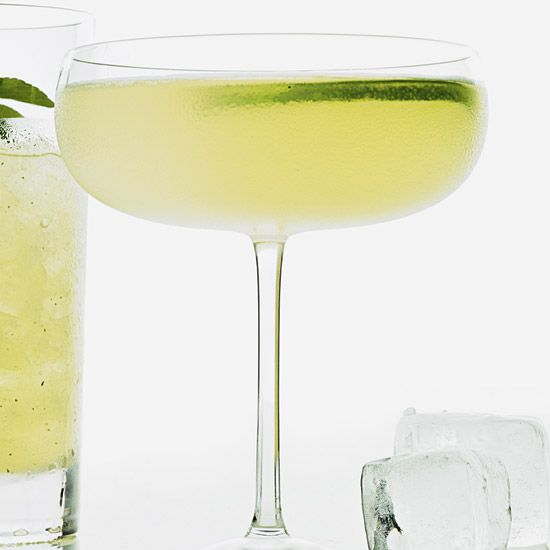 Classic Cocktails: Hemingway Daiquiri - In his 2001 book Straight Up ...