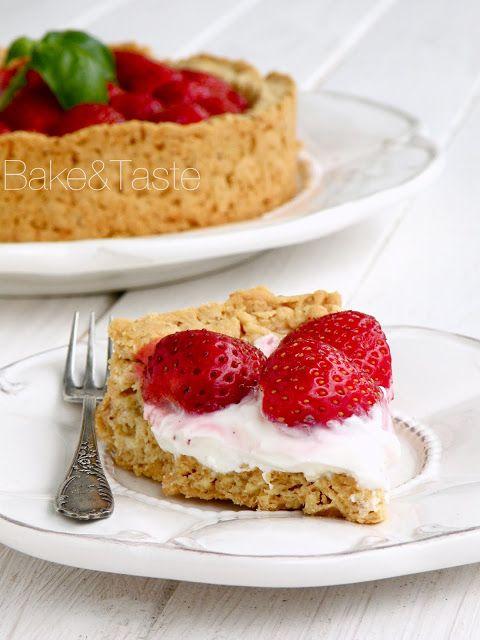 Strawberry Cream Cheese Tart | Food I Love - Bake&Taste | Pinterest