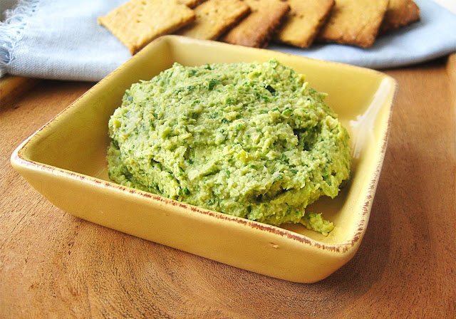 quinoa crackers and spinach artichoke hummus--how can you go wrong ...
