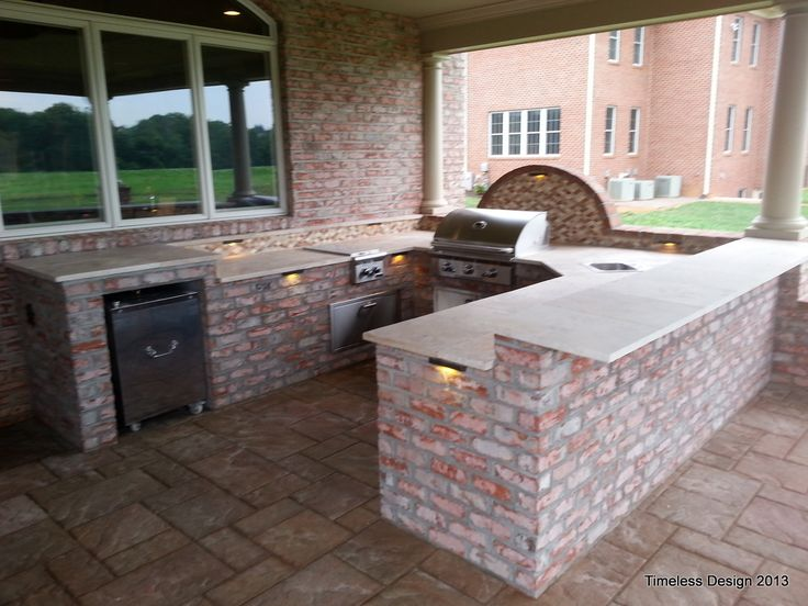 Brick travertine outdoor kitchen pools and patios for Outdoor brick kitchen designs