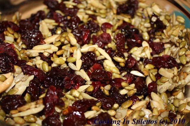 Pumpkin Seed Cherry Trail Mix – More Addictive Than Pistachios http ...