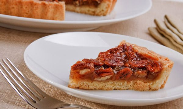 This is sooo good! Kimberly Snyder's Raw Pecan Pie