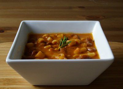 so simple: Tuscan bean and pasta soup from maplespice.com