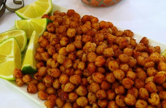 Spicy roasted chickpeas - healthy and filling snack, just don't over ...