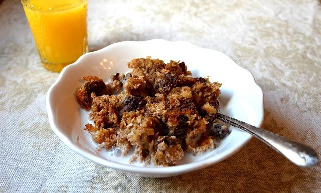 ... ~ Irish Style Oats, Dried Cherries, Pecans, Cinnamon and Brown Sugar