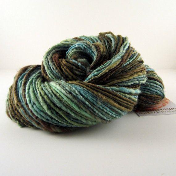 Handspun Yarn : Wool Yarn