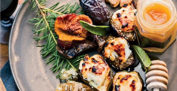 Honey-Broiled Figs with Ricotta - oh yes, please!