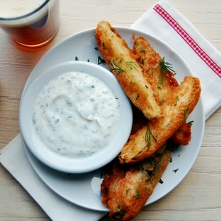 Beer-Battered Pickles with Garlic and Dill Sauce