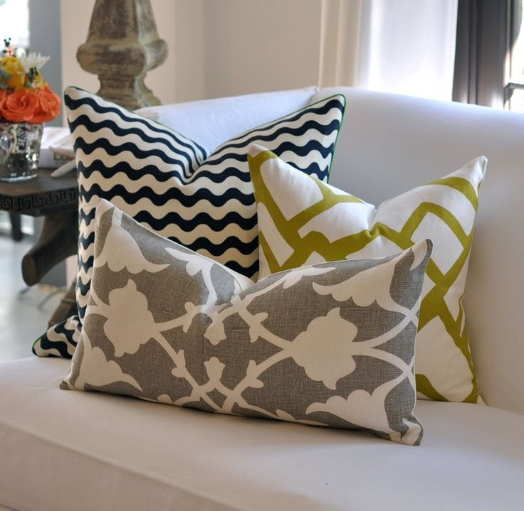 decorative pillows color & pattern combo  **Home Sweet ...