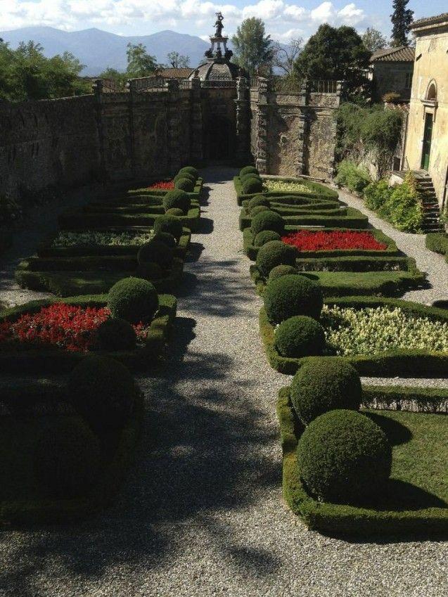 Villa Torrigiani gardens, Licca