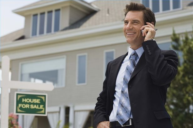 You do not have to be a professional in real-estate to be a bird dog real estate investor.