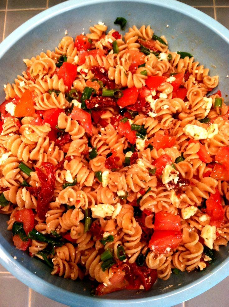 sun dried tomato pasta salad | Yummy eats :) | Pinterest