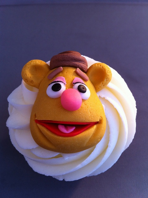 Muppet Cupcakes. Fozzy the Bear by zoeycakes, via Flickr