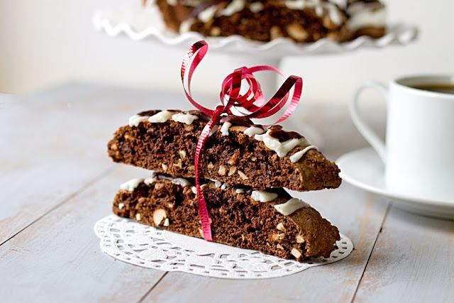 The Midnight Baker: Chocolate Hazelnut Biscotti