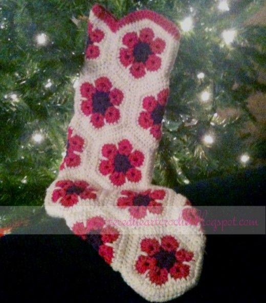 Free Crochet Pattern For Granny Square Christmas Stocking : FREE Crochet Christmas Stocking Pattern
