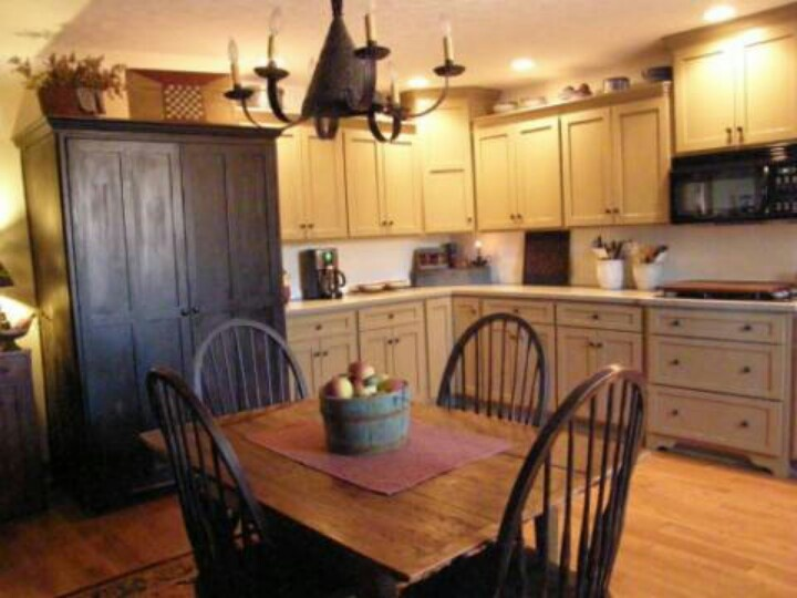 Primitive colonial kitchen forever home ideas pinterest Kitchen design colonial home