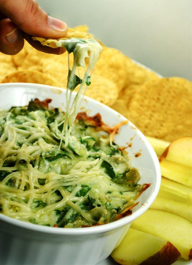 healthy spinach & artichoke dip | Bunnie | Pinterest