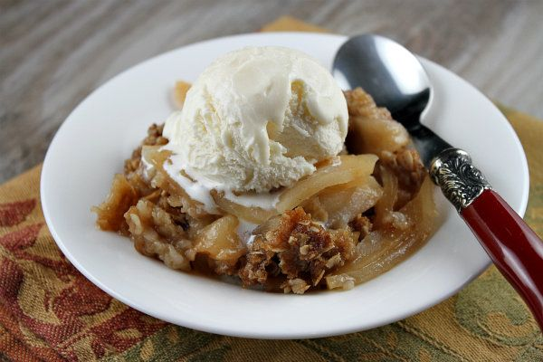 Apple Crisp | Recipe Girl - Got to try this with Honeycrisp Apples and ...