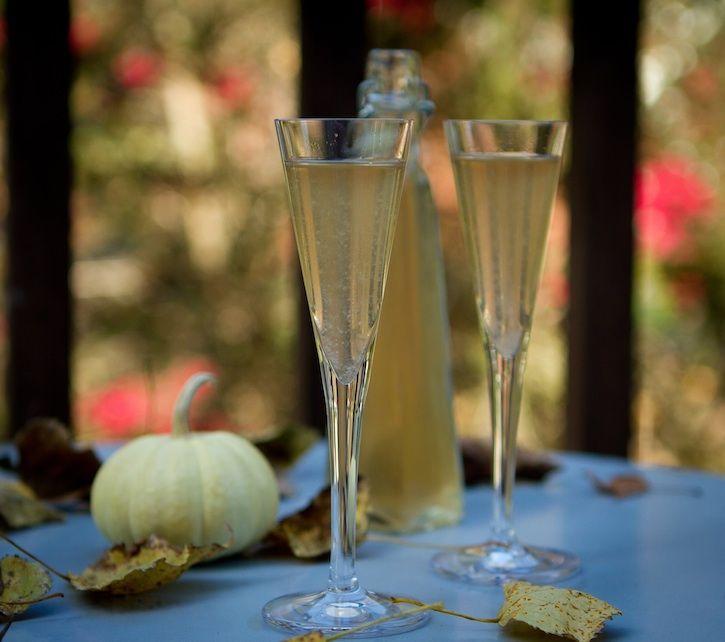 Pear Liqueur | Imbibes | Pinterest