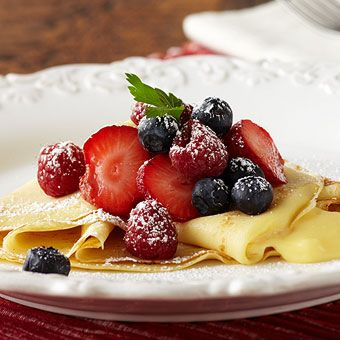 Crepes with Lemon Cream and Berries!! Only tried crepes without lemon ...