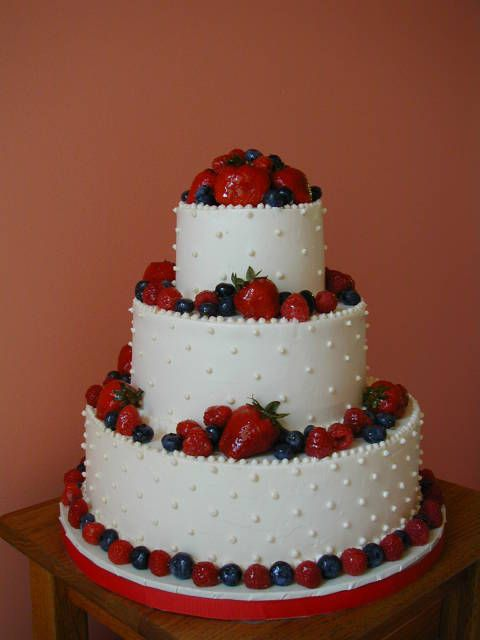 Cake Design With Strawberries : strawberry wedding cake design Strawberry & Chocolate ...