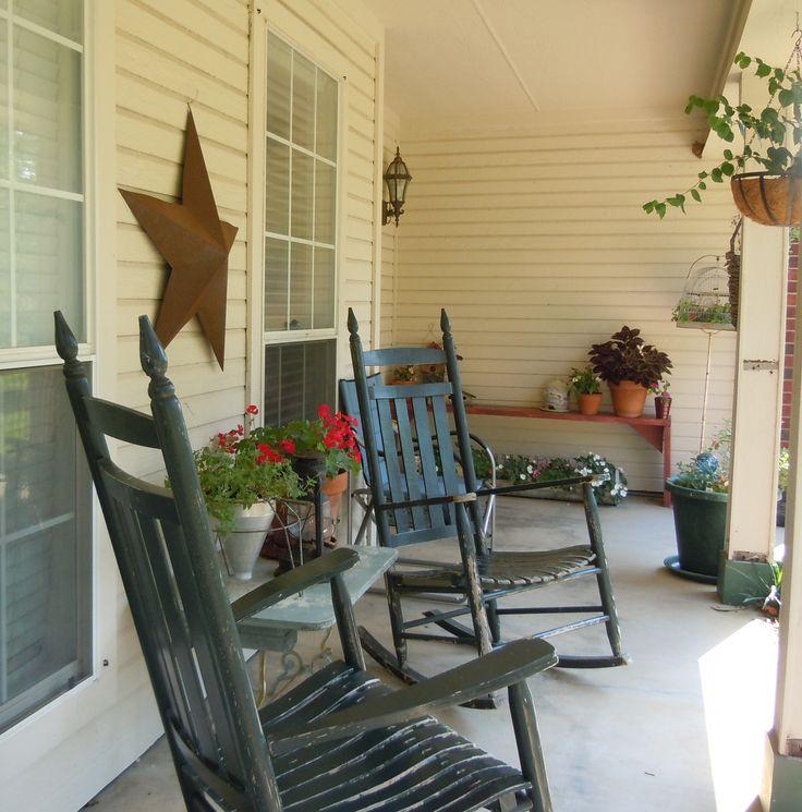 Front porch decor front porch ideas pinterest for Outdoor front porch decor