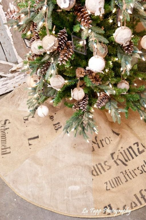 Burlap tree skirt a lot like christmas pinterest