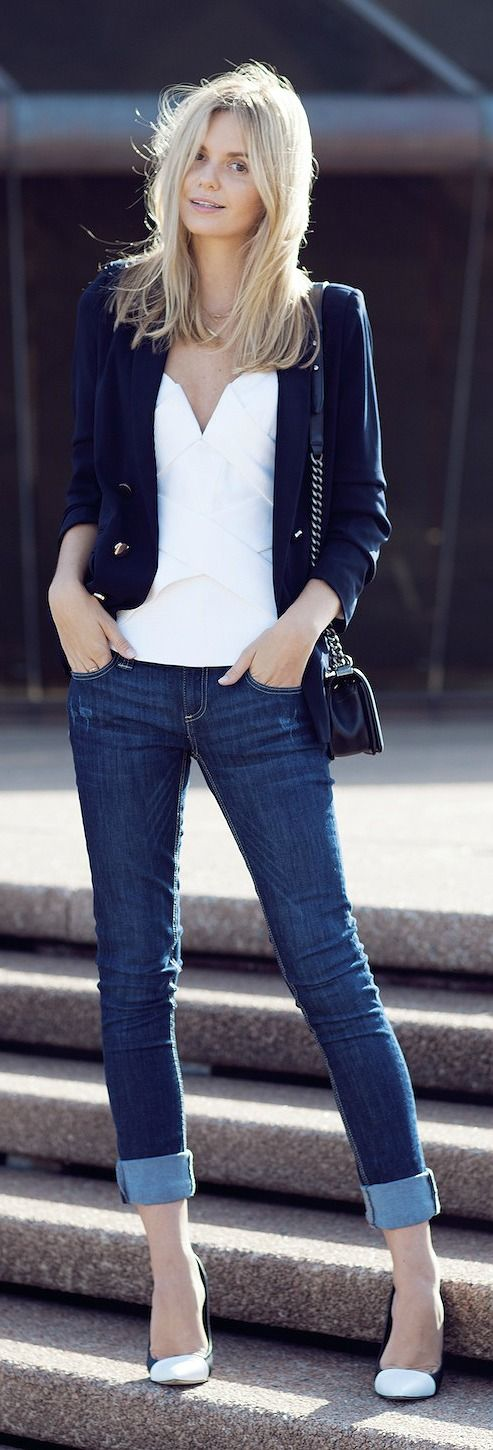 Casual fall chic / navy blazer, white blouse, denim jeans, black handbag and nude pumps.