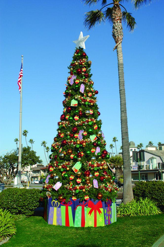 Custom Holiday Decorations | Exterior Landscape Lighting Blog