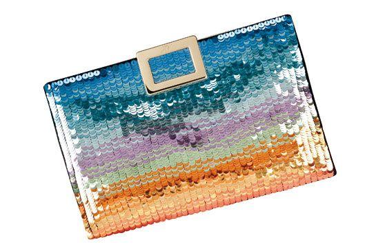 Roger Vivier pochette arc en ciel http://www.vogue.fr/mode/shopping/diaporama/cadeaux-de-noel-multicolore/11110/image/656371#!roger-vivier-pochette-arc-en-ciel