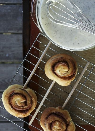 Cinnamon Rolls on a Stick by foodiewithfamily: Serve them with vanilla ...
