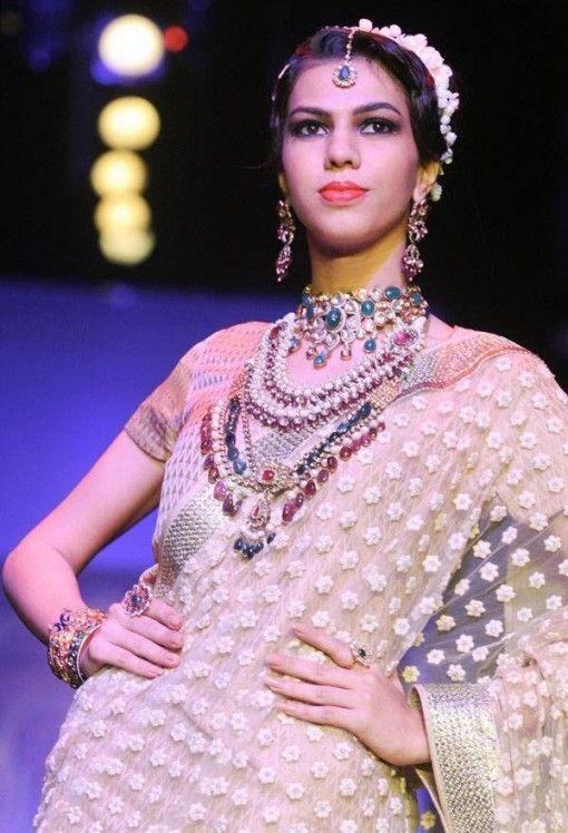 IIJW 2013: golecha jewels bridal kundan jewelery