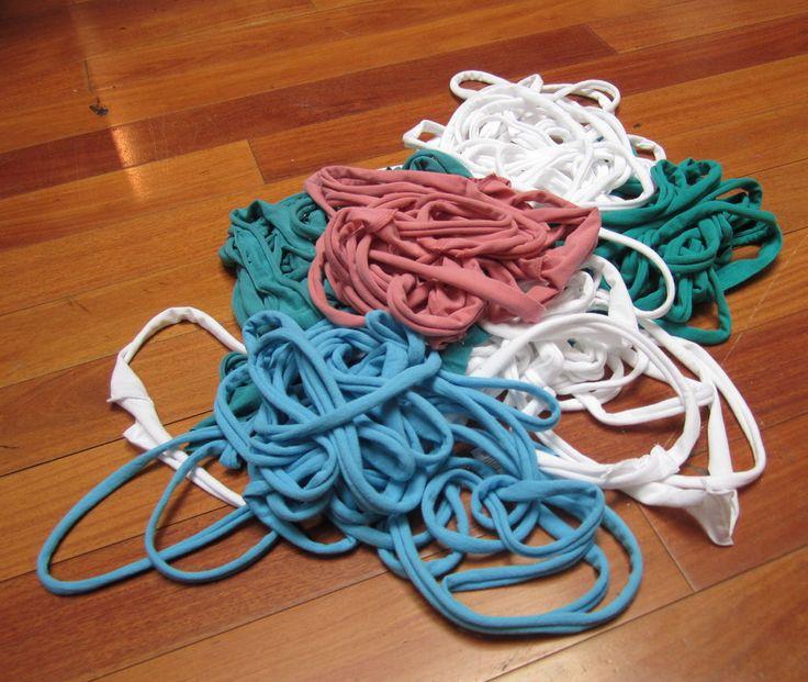 Tutorial: how to make t-shirt yarn | Tutorials - Misc | Pinterest
