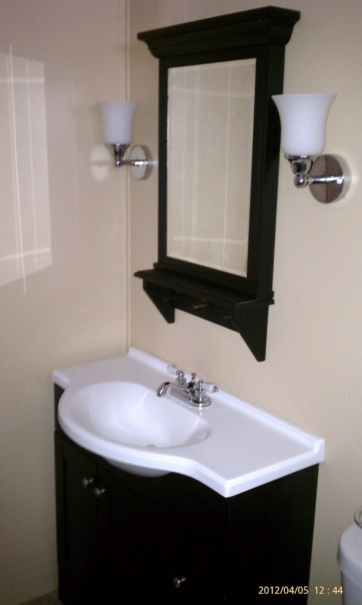 Doublewide decor main bathroom doublewide remodel ideas for Main bathroom ideas