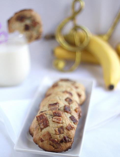 Banana Reese's Peanut Butter Cup Cookies | Treats | Pinterest