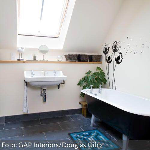Badezimmer Tapeten Auf Fliesen : Versch?nere Dein Badezimmer mit einem Wandtattoo – mehr Ideen auf www