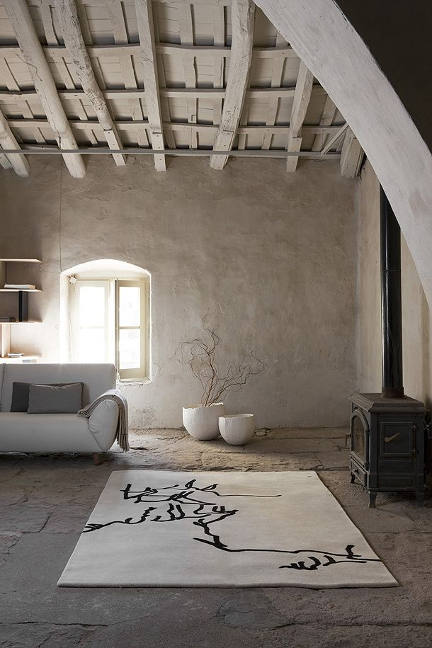 So beautiful. Love the contrast between the rustic and the modern.