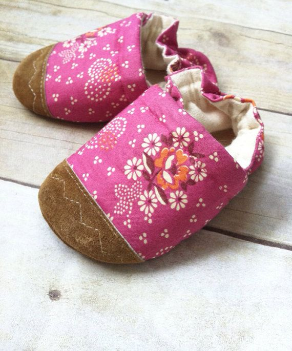 Soft Soled Baby Shoes Flowers and Hearts on by ParkerAndPosie, $19.00