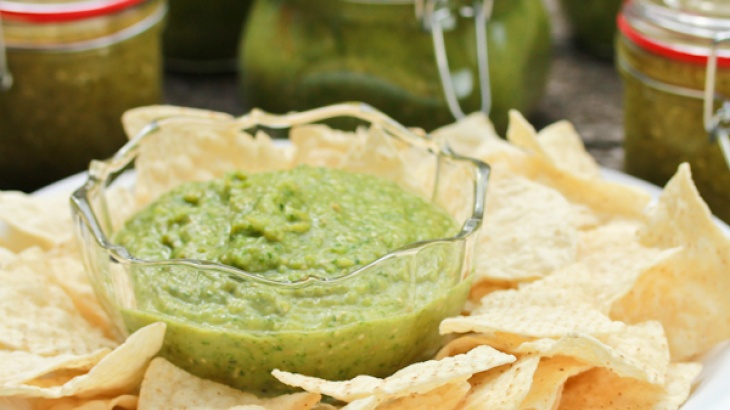 Roasted Tomatillo Salsa Verde | Food | Pinterest